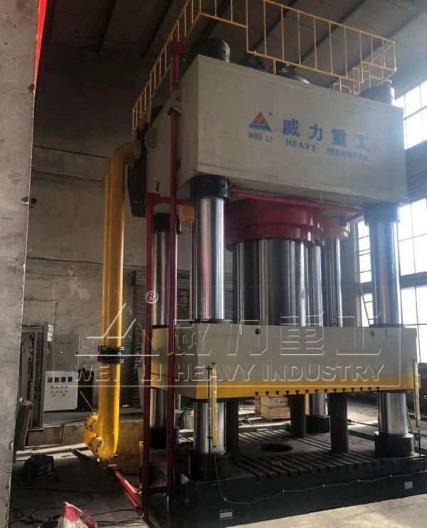 4000吨四柱油压机