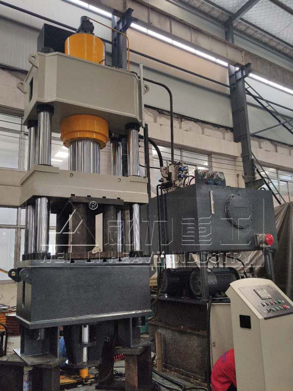 400吨热压成型油压机